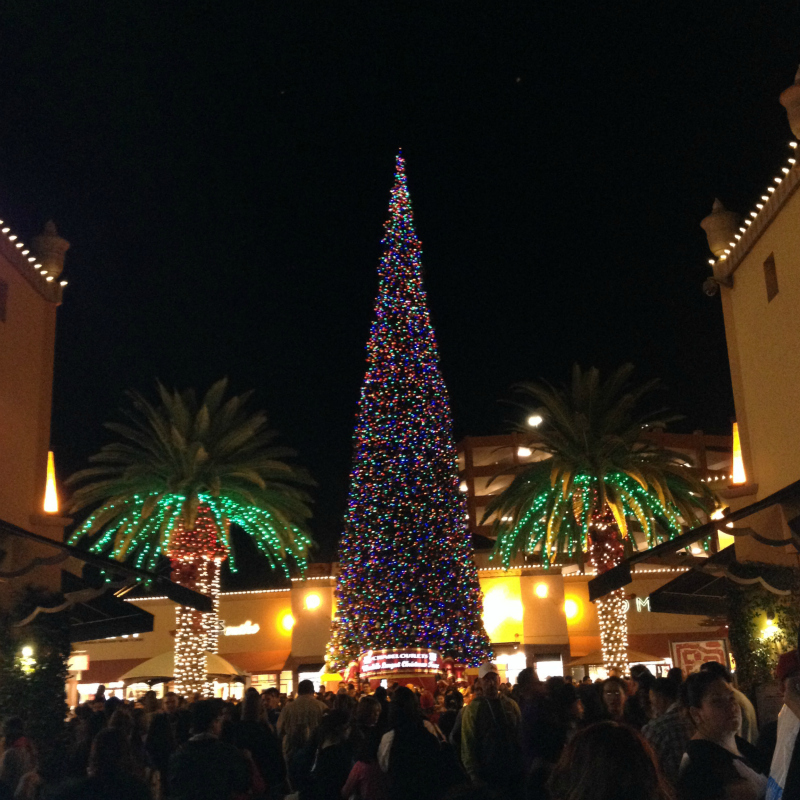 14th Annual Tree Lighting Concert At Citadel Outlets
