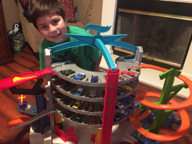 Hot Wheels Ultimate Garage Play Set Family Review Guide